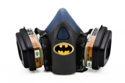 Дизайнерский Респиратор для защиты органов дыхания (Бэтмен1)